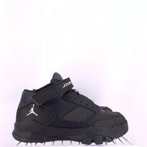 Nike Air Jordan BCT Mid 2 Boys Size 5.5y